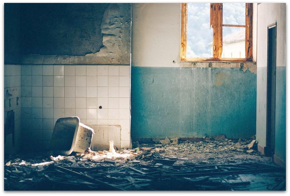 Rénovation salle de bain : une salle de bain design grâce à mes artisans qualifié !